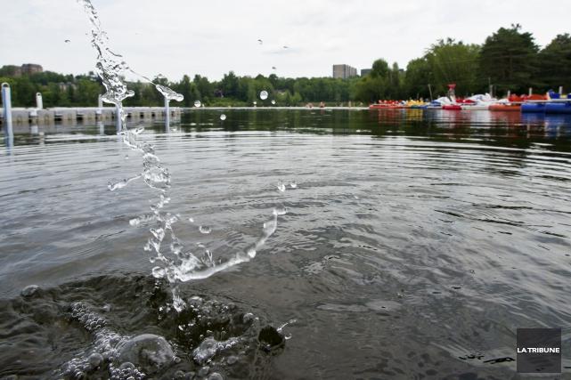 La qualité de l'eau des rivières Magog et... (Archives, La Tribune)