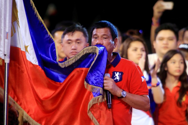 Le vainqueur de la présidentielle philipinne Rodrigo Duterte... (PHOTO ROMEO RANOCO, ARCHIVES REUTERS)