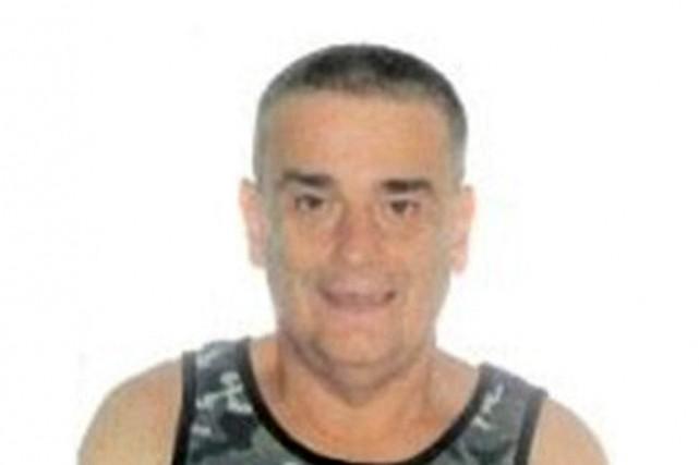 Jose Fostermesure 165cm, pèse environ 62kg, est blanc... (PHOTO FOURNIE PAR LE SPVM)