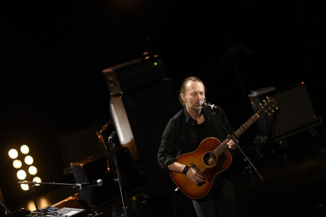 Le chanteur de Radiohead lors d'une performance au... (PHOTO ARCHIVES AFP)