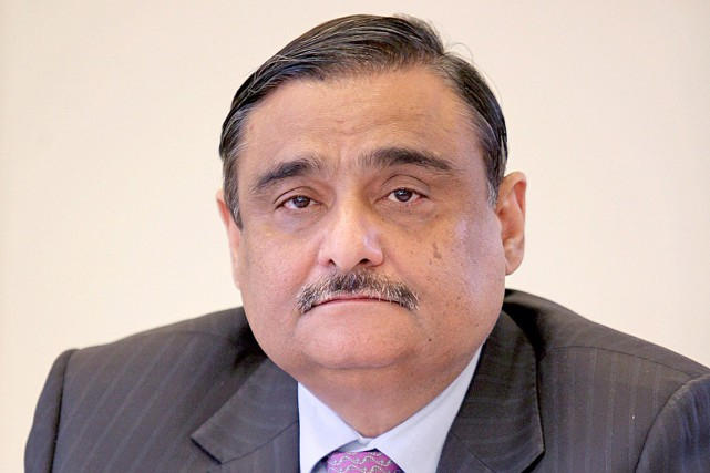Le docteur Asim Hussain, un chirurgien orthopédiste ayant... (PHOTO ARCHIVES PC)
