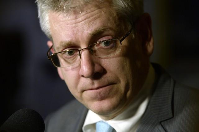 Le député néo-démocrate Charlie Angus annonce qu'il se... (Archives La Presse canadienne, Adrian Wyld)
