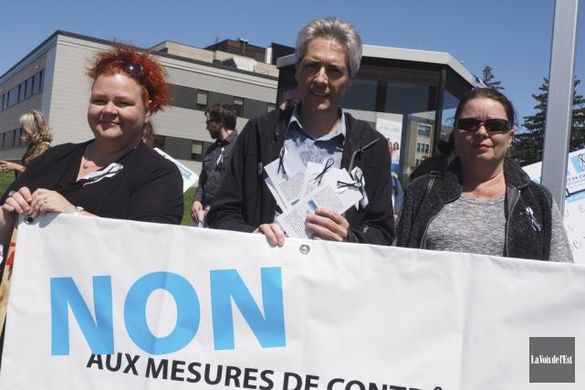 Nancy Melanson, conseillère du Collectif de défense des... (Alain Dion, La Voix de l'Est)