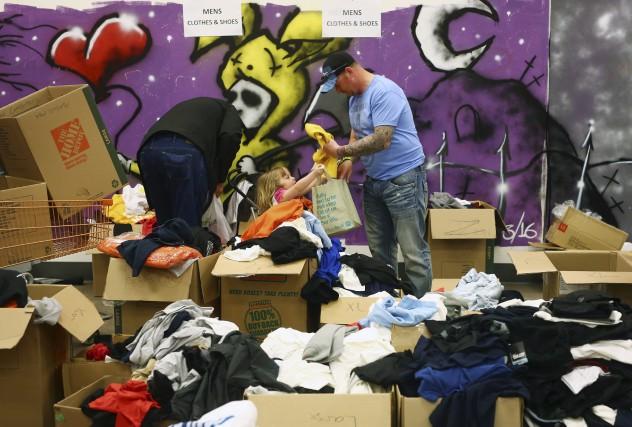 Les dons en argent et les dons de... (AFP, Cole Burston)