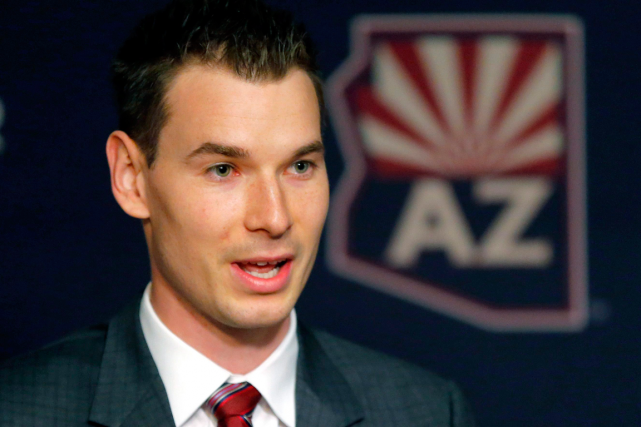 John Chayka est devenu à 26 ans le... (Photo Matt York, AP)