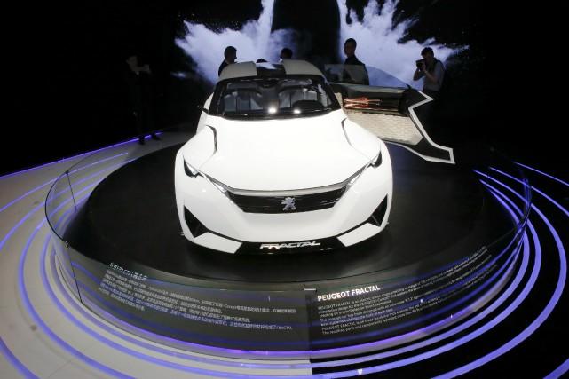 Peugeot-Citroën (PSA), qui renforce sa production de motorisations essence,...