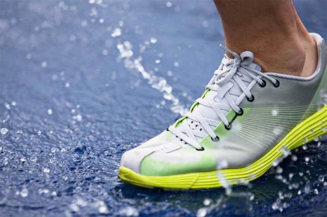 Chaque sport a un type de chaussure qui lui est approprié. Mais qu'en est-il... (PHOTO MASTERFILE)