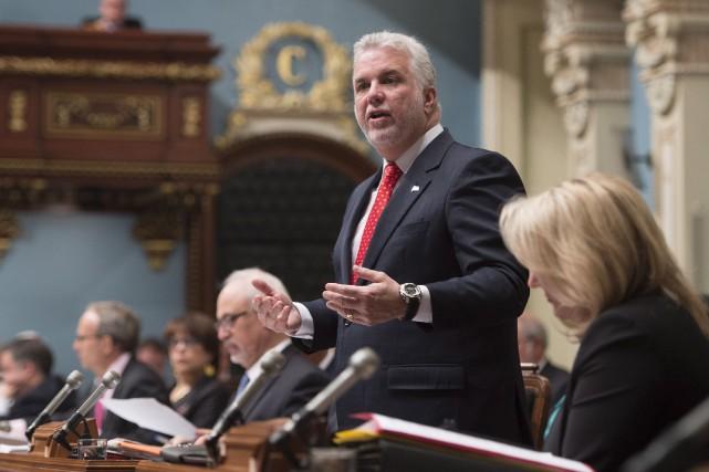 Le premier ministre, Philippe Couillard... (La Presse Canadienne, Jacques Boissinot)