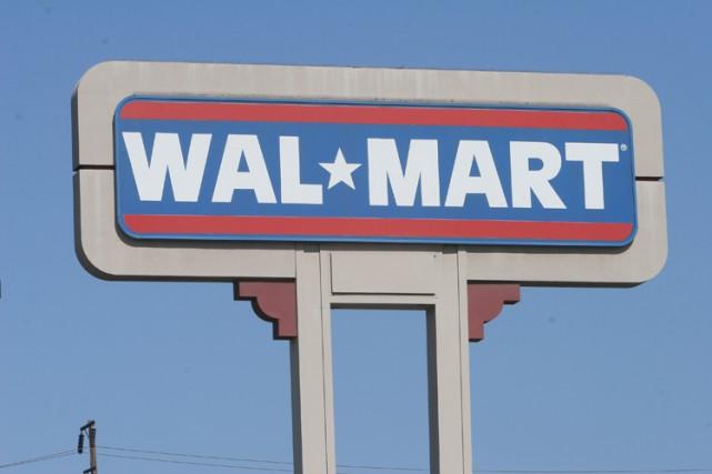 Le géant de la distribution Wal-Mart a décidé d'attaquer en justice aux... (PHOTO AFP)