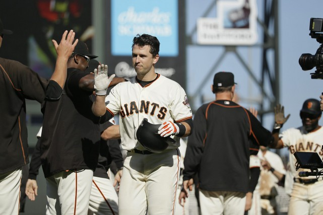 Buster Posey... (Photo Eric Risberg, AP)