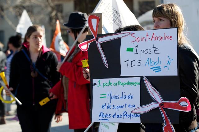 En avril dernier, les syndicats des employés de... (Photo Olivier Jean, archives La Presse)