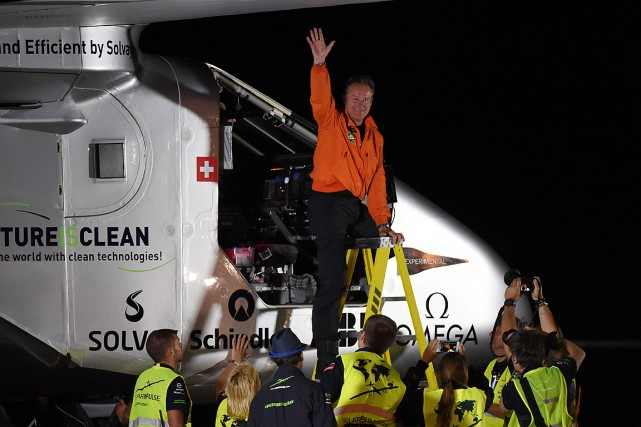 Le tour du monde inédit de Bertrand Piccard... (Photo Mark Ralston, archives AFP)