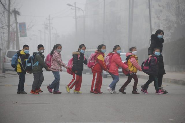 D'après l'étude, 98% des villes de plus de... (PHOTO ARCHIVES AFP)