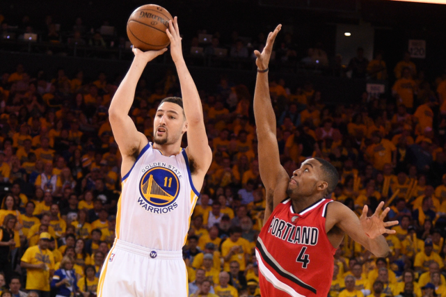 Klay Thompson (à gauche) a marqué 33 points... (Photo Kyle Terada, USA Today)