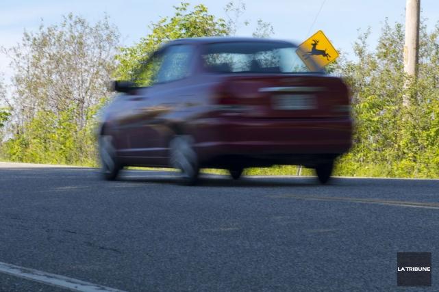 La vitesse pour compenser son départ tardif vers le travail, jeudi matin, a... (Archives La Tribune, Julien Chamberland)
