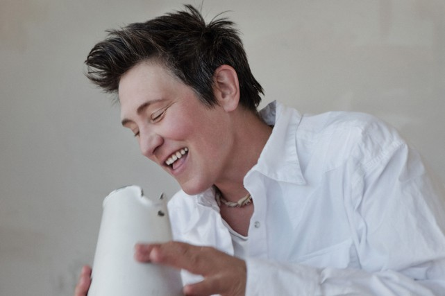 La chanteuse albertaine k.d. lang a étudié le piano au Royal Conservatory of... (PHOTO FOURNIE PAR WARNER MUSIC CANADA)