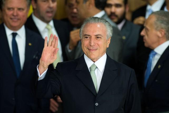 Le président brésilien par intérim, Michel Temer... (PHOTO ANDRESSA ANHOLETE, AFP)