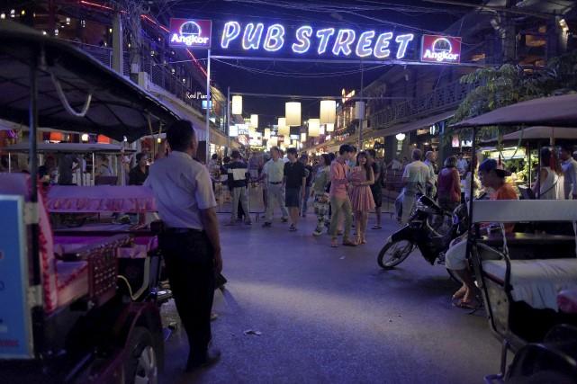 À Siemp Reap, ville touristique qui abrite les... (AFP, Tang Chhin Sothy)