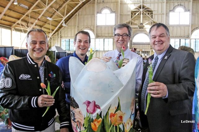 Le dg d'Ottawa 2017,Guy Laflamme, et le maire... (Patrick Woodbury, LeDroit)