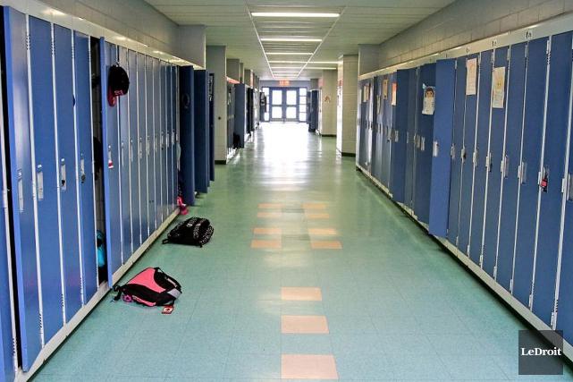 Le gouvernement Couillard renonce à abolir les élections scolaires, une idée... (PHOTO PATRICK WOODBURY, ARCHIVES LE DROIT)