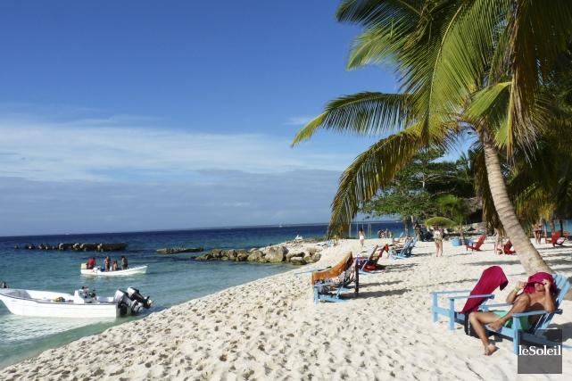 Paradis fort populaire auprès des voyageurs Québécois, la... (Photo archives Le Soleil)