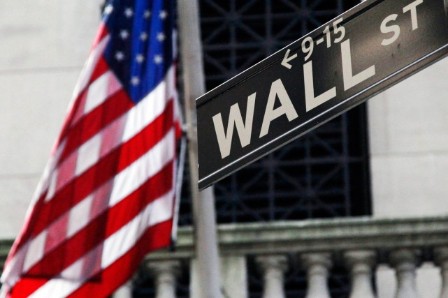 Wall Street a terminé en nette hausse lundi, porté par la vigueur des valeurs... (Photo Archives Associated Press)