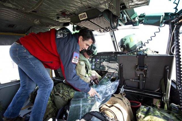 Le premier ministre JustinTrudeau prend un hélicoptère pour... (Photo JASON FRANSON, PC)