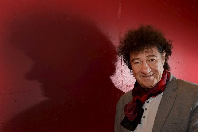 Le spectacle Tout écartillé ne porte pas Robert... (Sylvain Mayer)