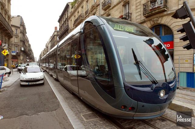 ÉDITORIAL / En proposant un tramway pour desservir l'ouest de... (Archives La Presse)