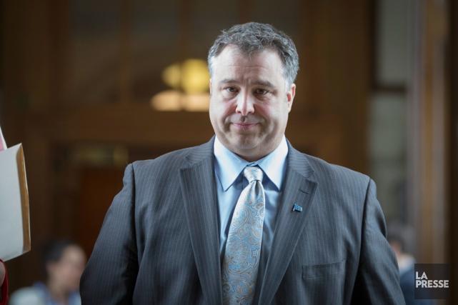 Le ministre de l'Éducation, Sébastien Proulx, veut aller... (PHOTO IVANOH DEMERS, ARCHIVES LA PRESSE)