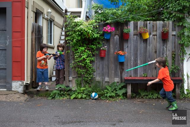 C'est le droit des enfants d'être dans la... (PHOTO ROBERT SKINNER, ARCHIVES LA PRESSE)