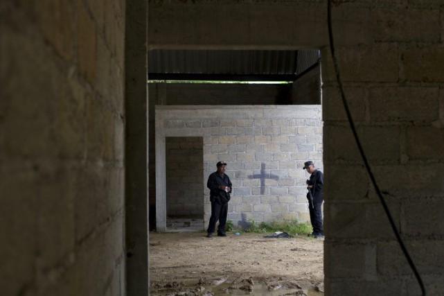 Une opération des forces de sécurité s'était déroulée... (Photo Rebecca Blackwell, AP)