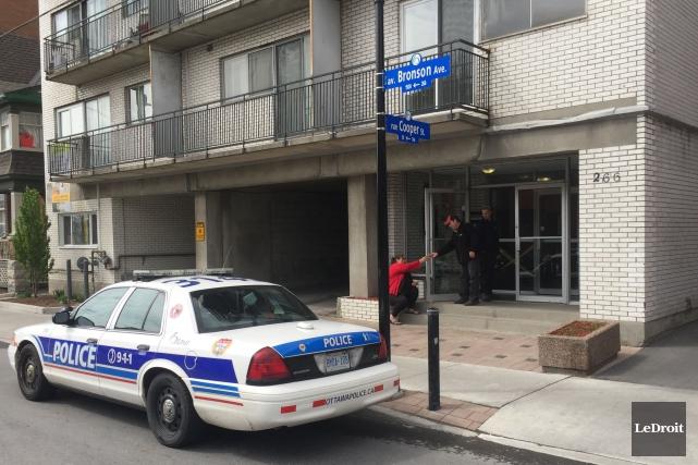 L'incendie au 7e étage a rapidement été maîtrisé.... (Martin Roy, LeDroit)