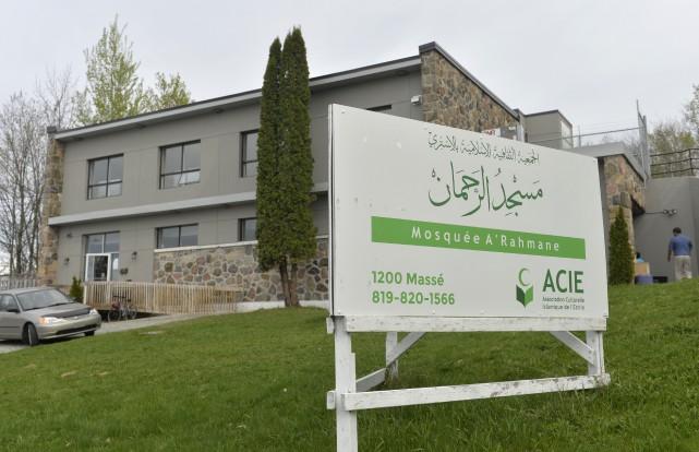 Les deuxièmes portes ouvertes de la mosquée A'... (Spectre média, Maxime Picard)