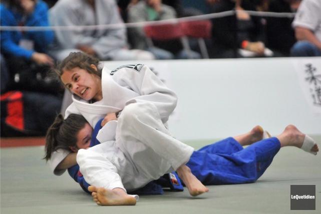 Marie Besson a participé aux Championnats canadiens de... (Archives Le Quotidien, Michel Tremblay)