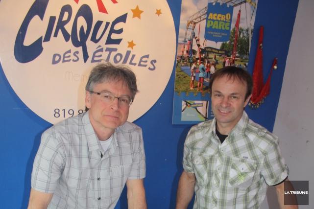 Le président et le coordonnateur du Cirque des... (La Tribune, Jean-François Gagnon)