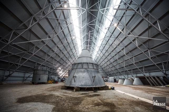 L'usine de L'Orignal produirait 3000 tonnes de ciment... (Olivier Pontbriand, Archives La Presse)