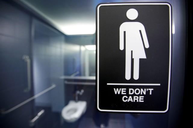Aux États-Unis, la polémique sur l'accès aux toilettes... (ARCHIVES REUTERS)