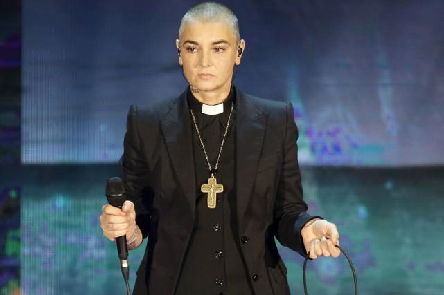 Sinead O'Connor en spectacle à Milan en 2014... (AP, Antonio Calanni)