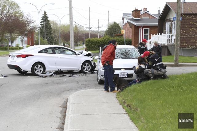 Une collision survenue à l'intersection du boulevard Leclerc... (Janick Marois, La Voix de l'Est)