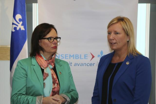 La ministre Lucie Charlebois (à gauche) a annoncé... (fournie par le ministère des Transports)