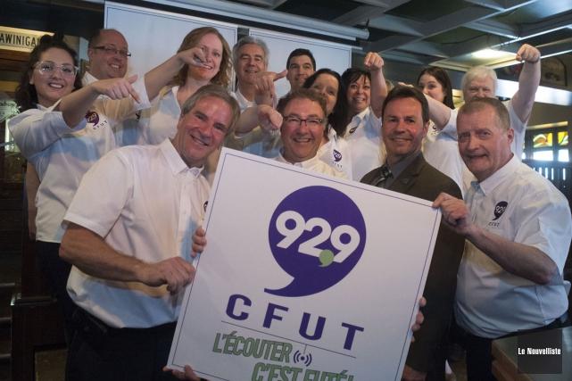 Toute l'équipe de la station 92,9 CFUT de... (Stéphane Lessard, Le Nouvelliste)