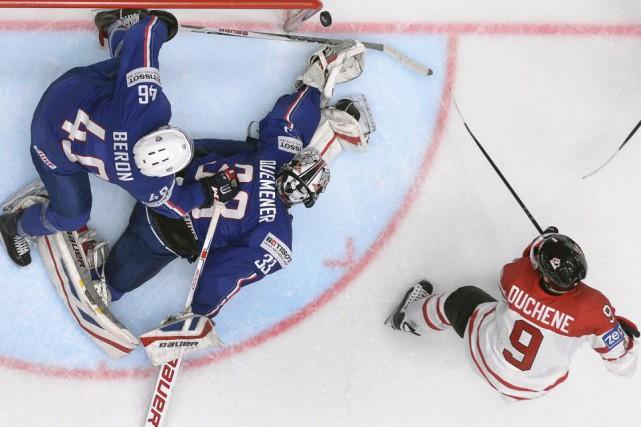 L'équipe de France en a eu plein les... (Alexander Nemenov, AFP)