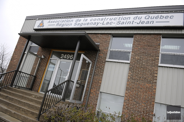 Sur la photo, l'un des bureaux en région... (Photo Mariane L. St-Gelais, archives Le Quotidien)