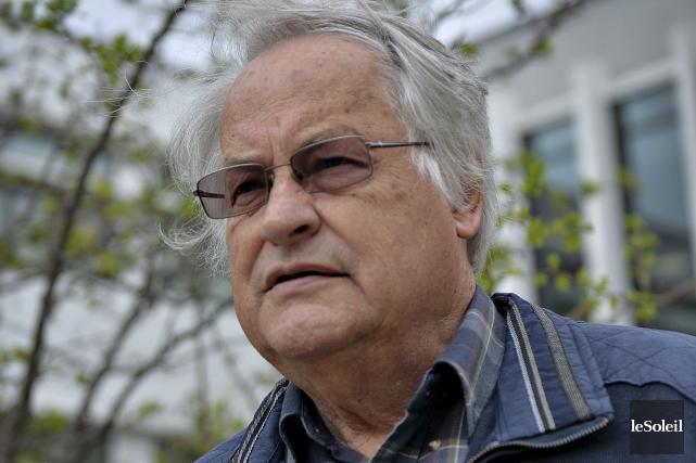 Louis-Marie Asselin, président du Comité d'accueil des réfugiés... (Le Soleil, Patrice Laroche)
