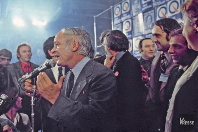 Lors de l'élection du Parti Québécois en novembre 1976, plusieurs personnes de... (Archives, La Presse)