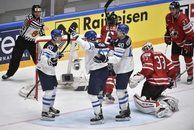 Les Finlandais avaient de quoi célébrer pendant leur... (AFP, Alexander Nemenov)