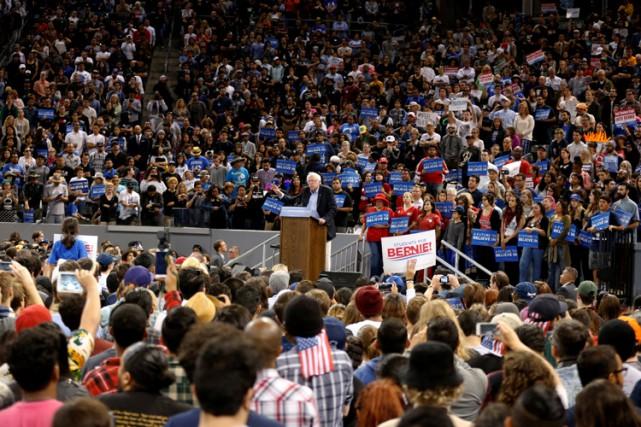 Bernie Sanders a tenu un rallye àCarson, en... (PHOTO REUTERS)