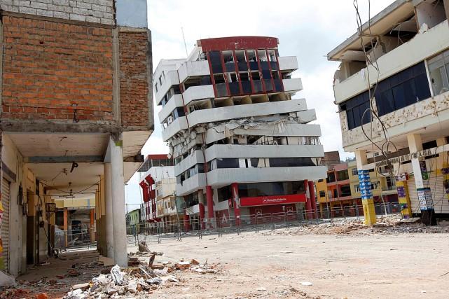 Le tremblement de terre du 16avril en Équateur... (Photo Guillermo Granja, archives Reuters)