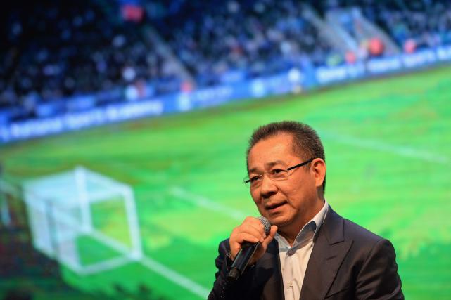 Le vice-président du club anglais de soccer Leicester... (Photo Christophe Archambault, AFP)